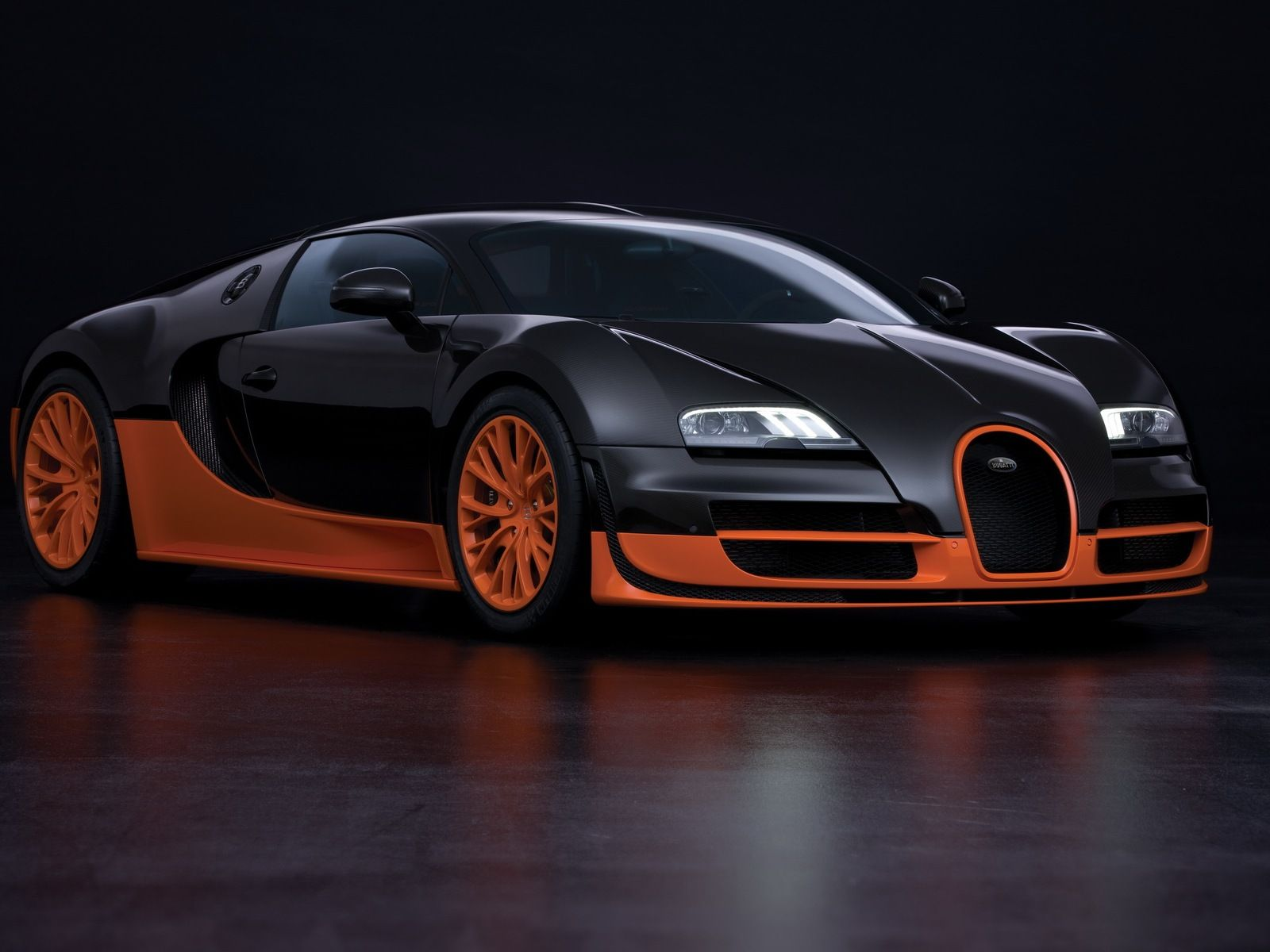 Bugatti Veyron 16.4 Super Sport 1